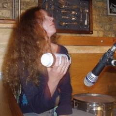 """Наталія Афончина. Акустичний концерт групи """"Кам`яний Гість"""" в клубі """"Store 205"""". Фото різних років"""