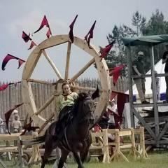 """Парк """"Київська Русь"""" (с.Копачів, 30.05.2010). Фото: Олександр Ковтун"""