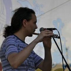 Антон Сурмін. Виступ групи