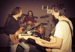 70/80: Призи за доброчинність – «інтимний концерт»